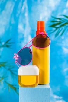 브랜드 명을 모방 할 수있는 조개 껍데기가있는 페이스 크림, 바디 로션 등 자외선 차단 화장품