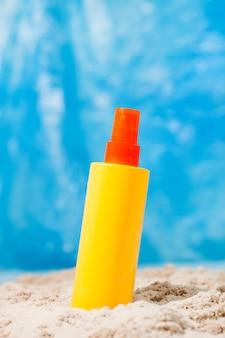 모래 노란색 화장품 병에 몸과 얼굴을위한 선 스크린 로션