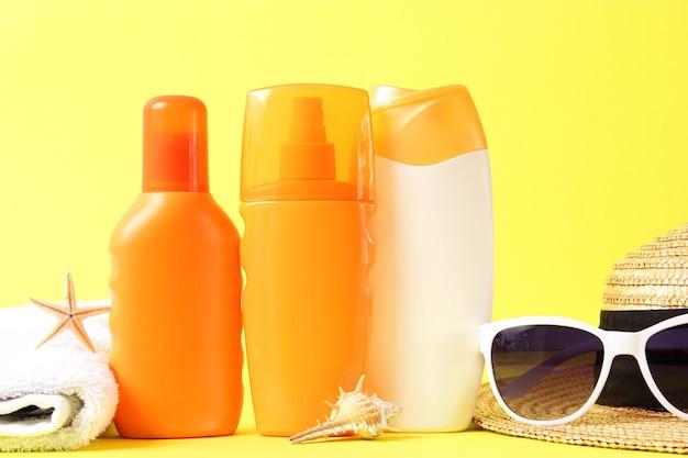 肌の色付きの背景保護の日焼け止め