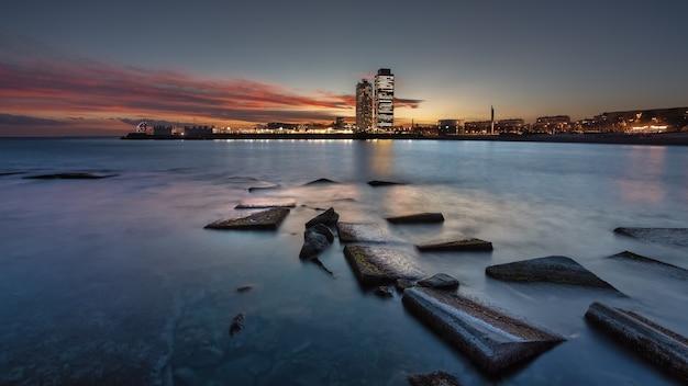 日没の風景の街の景色