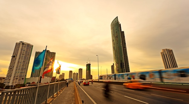 Закат над бангкоком, столицей таиланда