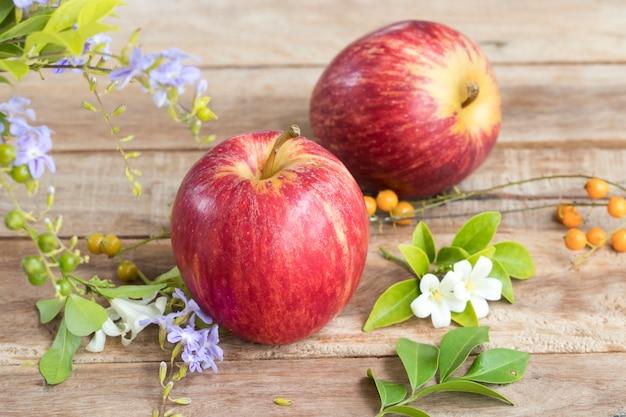 スーパーフルーツ赤いリンゴ健康食品