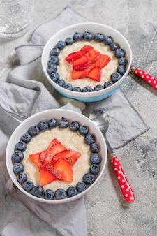 Овсяная каша superhero для детей завтрак