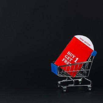 Carrello del supermercato con compresse