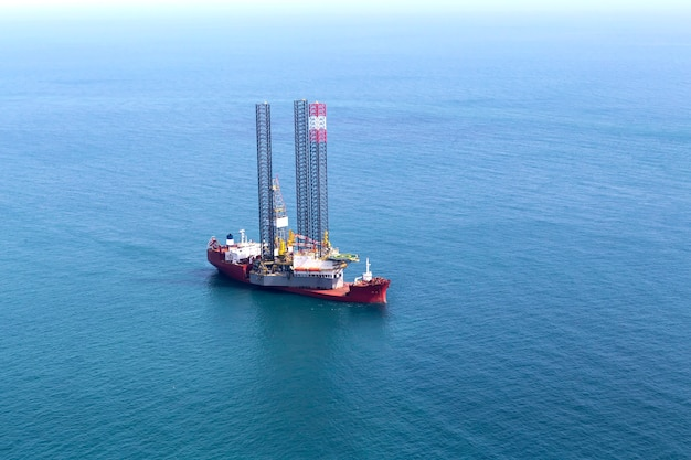 Supply boat for oil drilling rig
