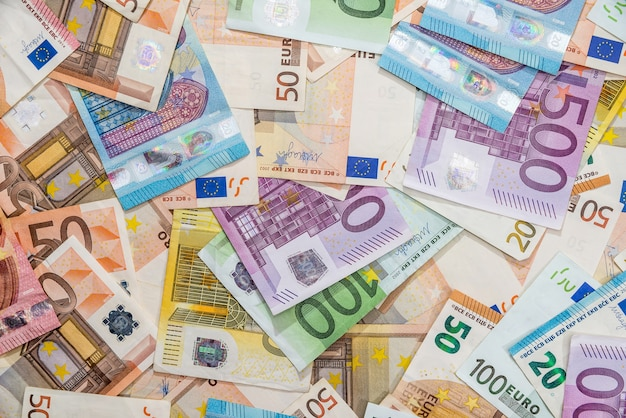 Surface of all euro bills for dwsing