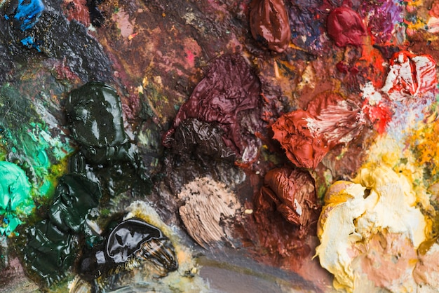Surface of dirty palette