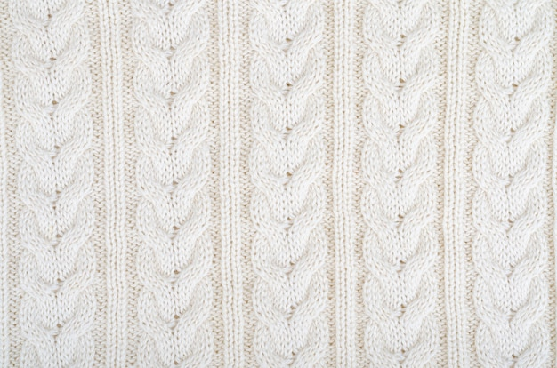 Surface knitted fabric, pattern with pigtails