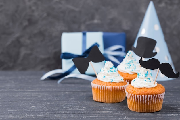 Surprise for father's day cupcakes sweets