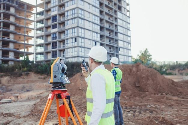 Surveyor engineer with transmitter