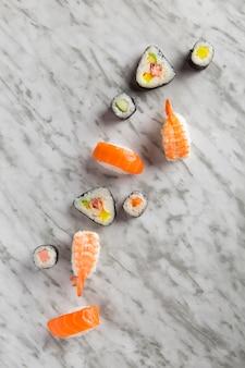 大理石の寿司組成