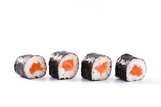 白い表面に寿司