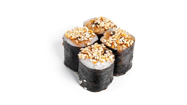 Суши-ролл с изолированным угрем. хосомаки.
