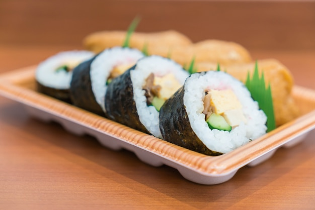 Sushi roll with fried tofu