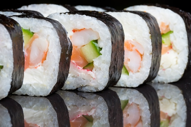 Sushi rolls futo maki