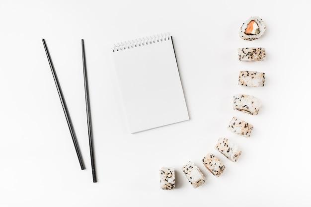 寿司、箸、スパイラル、メモ帳、白、背景