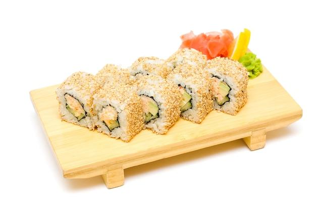 Суши с крабом, традиционная японская кухня