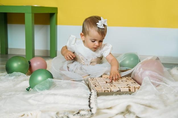 아기와 아이들을 위한 지속 가능한 친환경 안전한 나무 장난감