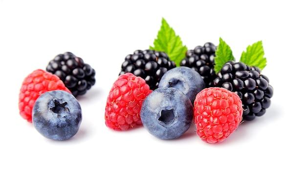 Изолированные сладкие ягоды.