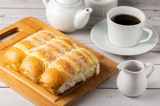 Sweet bread with cream and coconut.