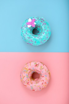 Сладкие пончики с брызгает