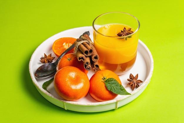 Сладкое мармелад из свежих апельсинов и мандаринов Premium Фотографии
