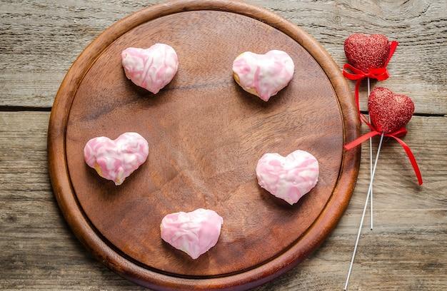 バレンタインデーのお祝いの甘い心