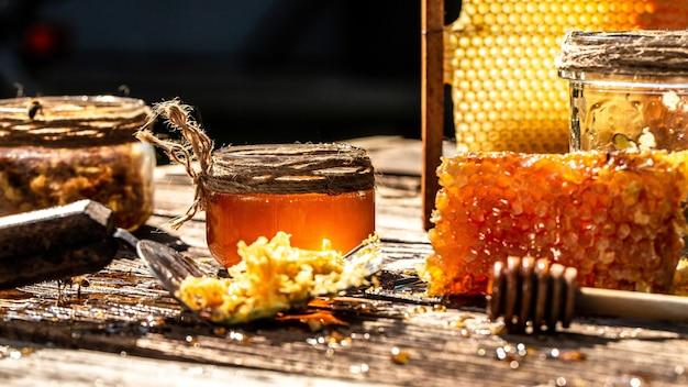 달콤한 꿀, 빗 조각, 꿀 디퍼