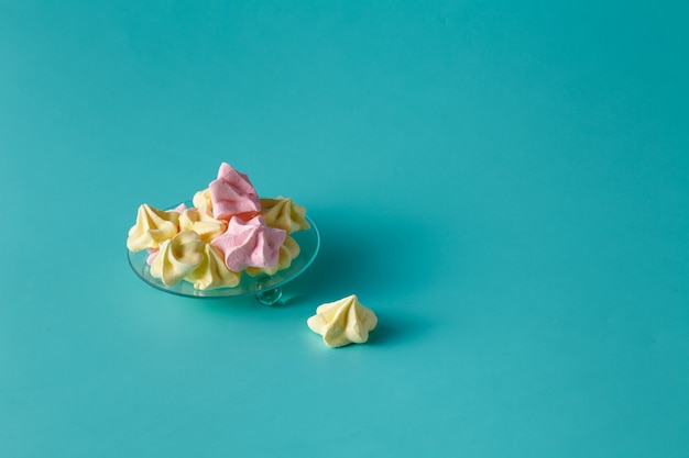 甘いメレンゲ、軽くておいしい