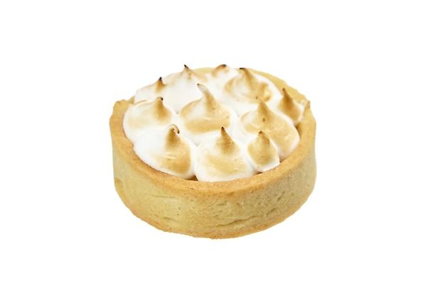 Сладкий мини-пирог, изолированные на белом фоне