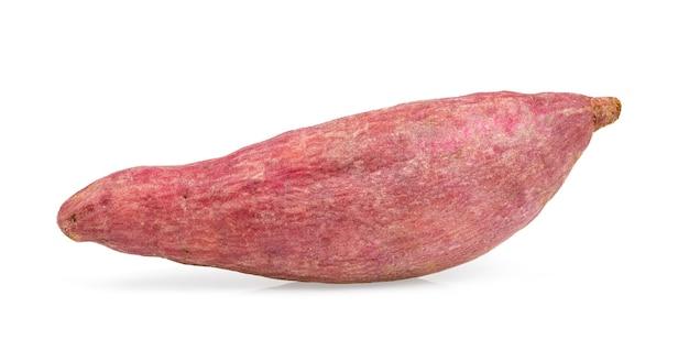 白い表面に分離されたサツマイモ