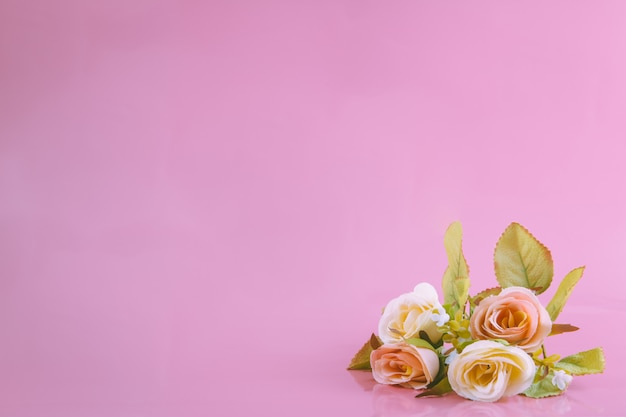Sweet roses and the pink background, valentine concept