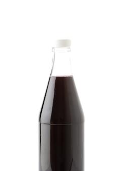 Бутылка сладкого безалкогольного напитка