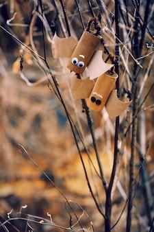 ハロウィーンのコンセプトの背景のハロウィーンの甘いコウモリ。 diy。
