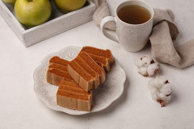 차와 커피를위한 과자. 마시멜로와 마멀레이드