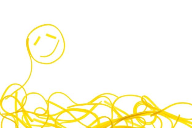 調理されたスパゲッティの渦巻き。スパゲッティの笑顔の形。