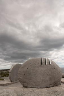 Peggy 's cove preservation area, peggy 's cove, nova scotia, canada에서 swissair flight 111 기념관