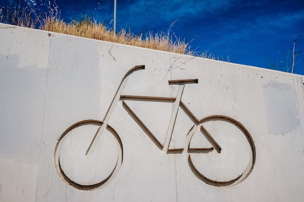 Symbol of a bicycle indicating a bike lane to pedal safely.
