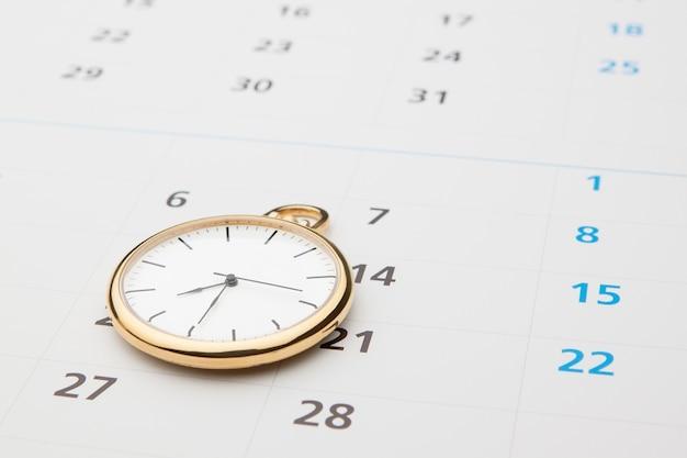 時間のシンボル。時計とカレンダー。
