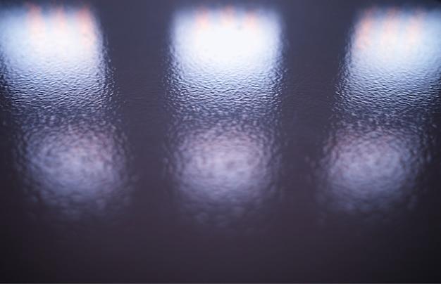 Symmetric reflection bokeh background