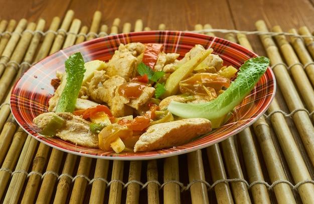 四川麻辣味、中国四川料理、重慶鶏と唐辛子のスパイシー