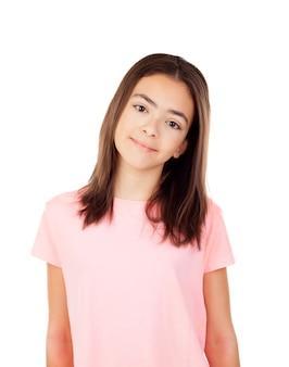 ピンクのtシャツを着たかなり前の女の子