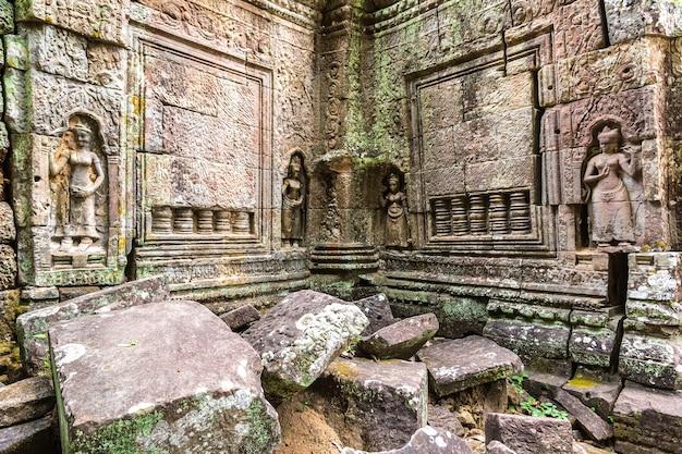 Ta som temple in angkor wat in siem reap, cambodia