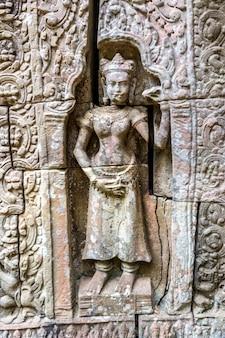 カンボジア、シェムリアップのアンコールワットにあるタソム寺院
