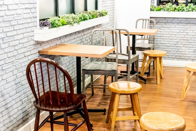 Table and chair in cafe restaurant