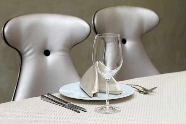 The table setting in restaurant
