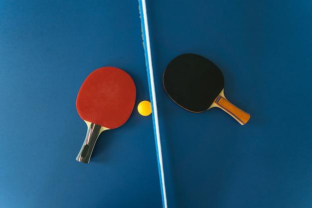 탁구 라켓과 공