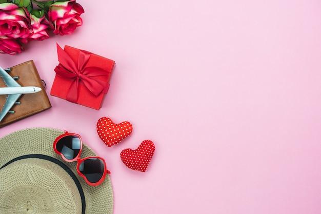 장식 발렌타인 배경의 테이블 상단보기 공중 이미지.