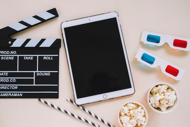 タブレットといくつかの映画要素