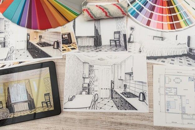완성 된 방의 침실 계획을 보여주는 태블릿